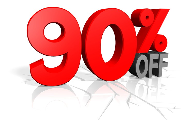 90% off in outsize letters