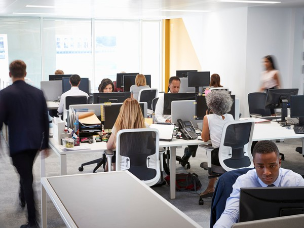 open office plan_GettyImages-869285818
