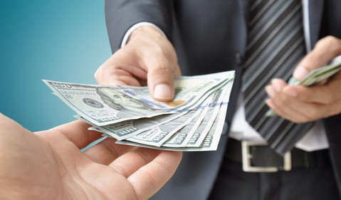 Cash-GettyImages-508441367
