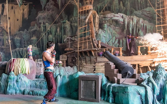 The Eight Voyage of Sindbad stunt show in action at Islands of Adventure in Universal Orlando.