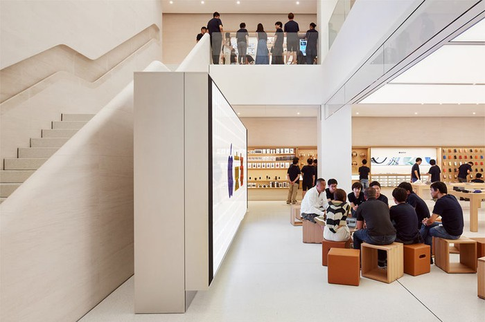 The inside of an Apple store in Kyoto.