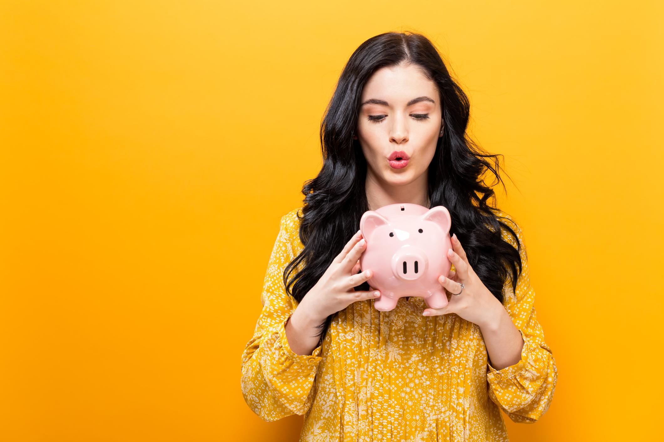 5 Financial Habits of Money Savers