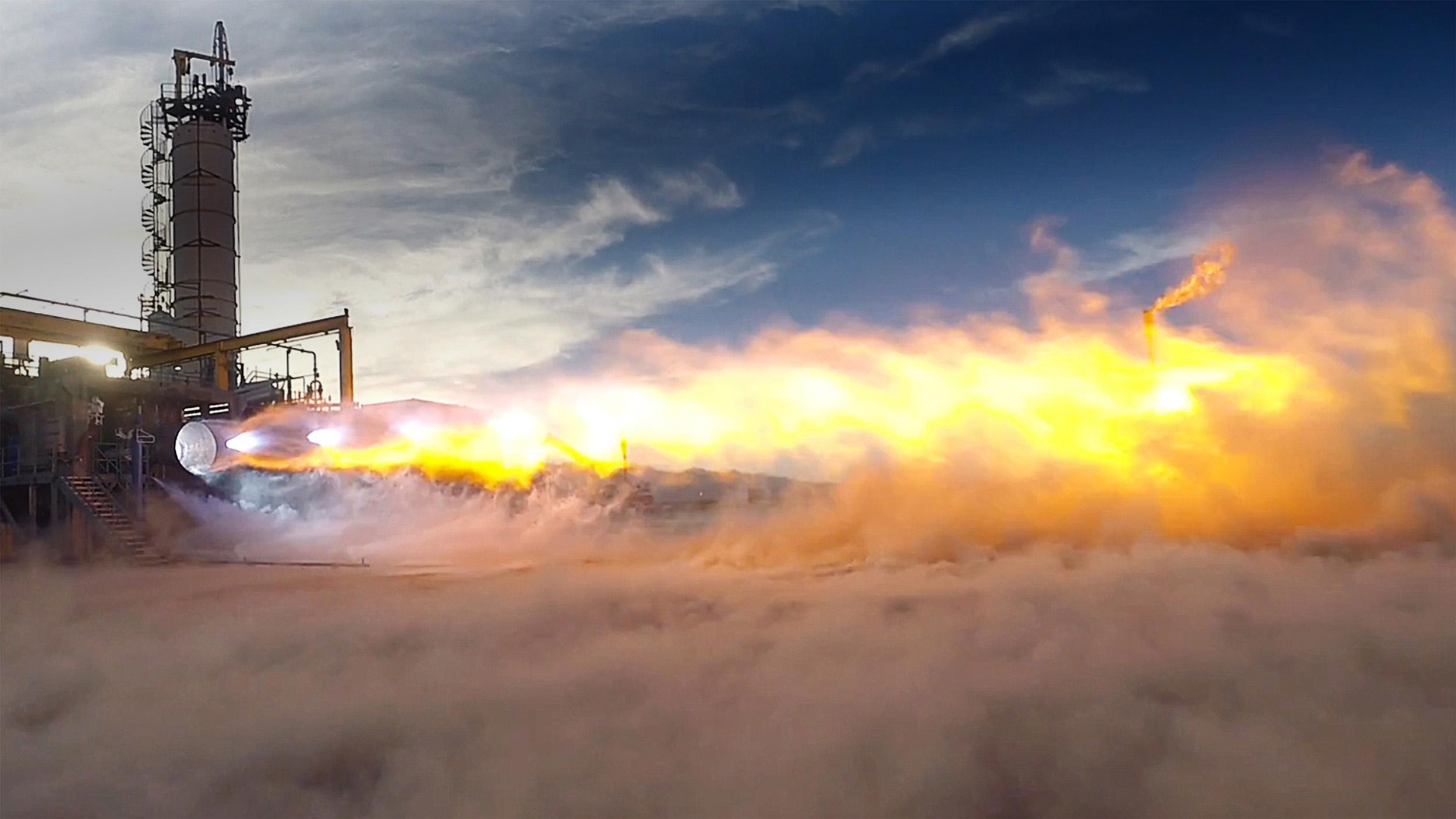 BE-4 engine test firing horizontally