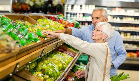 senior couple at supermarket_GettyImages-666397482