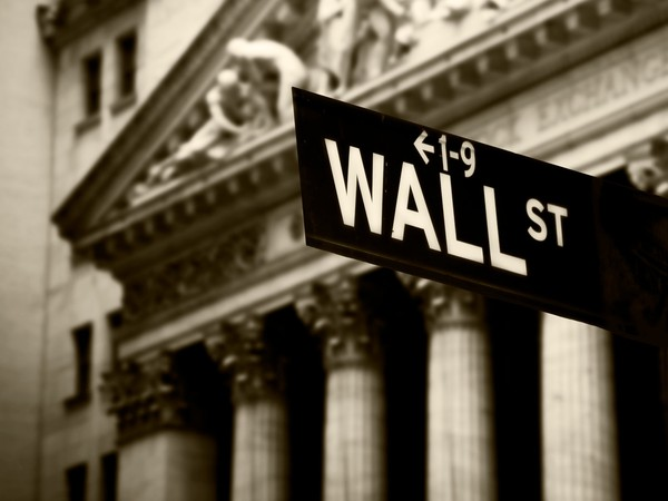 Wall Street GettyImages-488263377