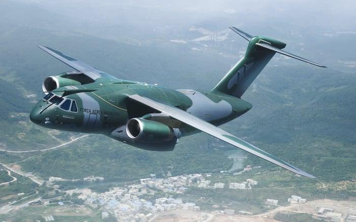 An Embraer KC-390 in flight