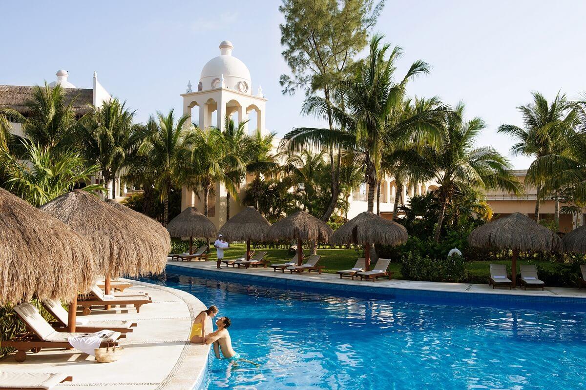 The pool scene at a hotel in Cancun