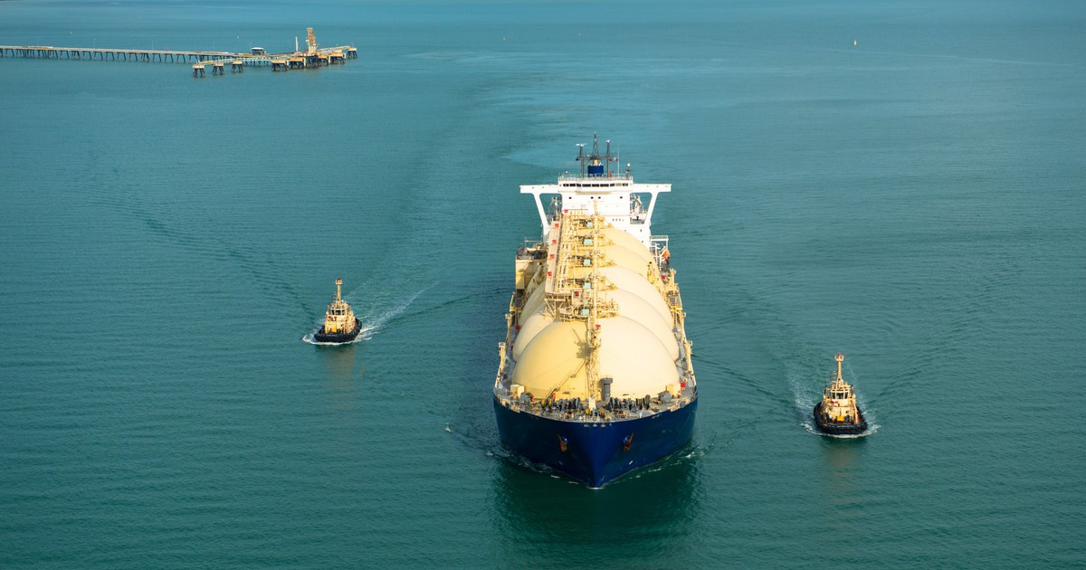 An Investor's Guide to Liquefied Natural Gas Stocks