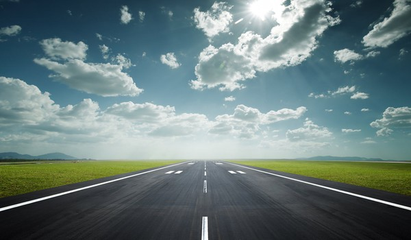 Growth-Runway-GettyImages-152500263