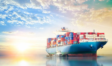 270 container ship