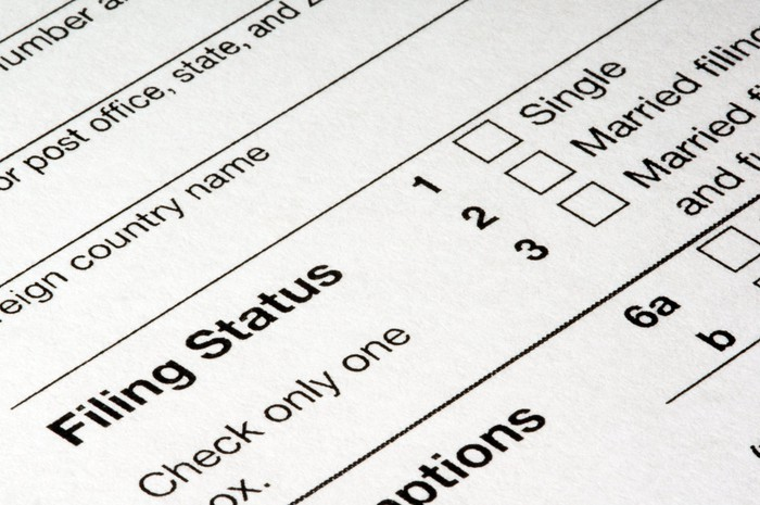 close up of filing status section of tax form