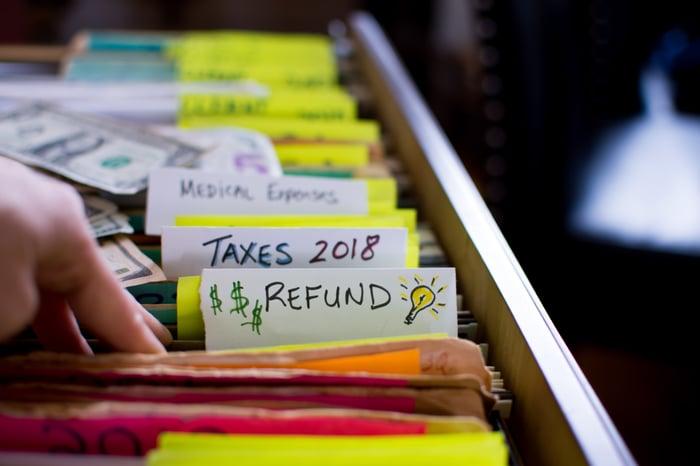 tax return filing reduce