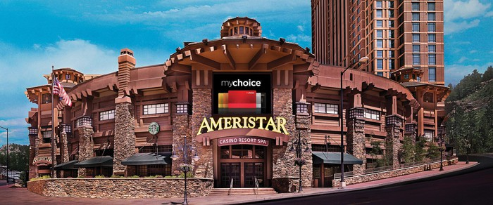 Front view of Ameristar casino resort.