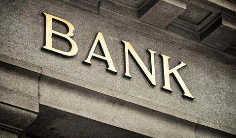 bank stocks to buy now