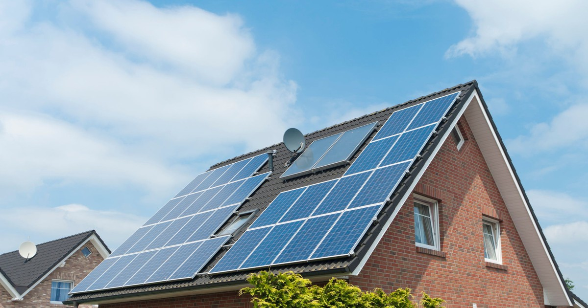 How to Use Residential Solar to Guarantee a Double-Digit Return