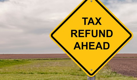 tax refund ahead sign_GettyImages-525343163