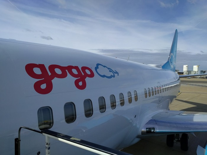 A plane with the Gogo logo.