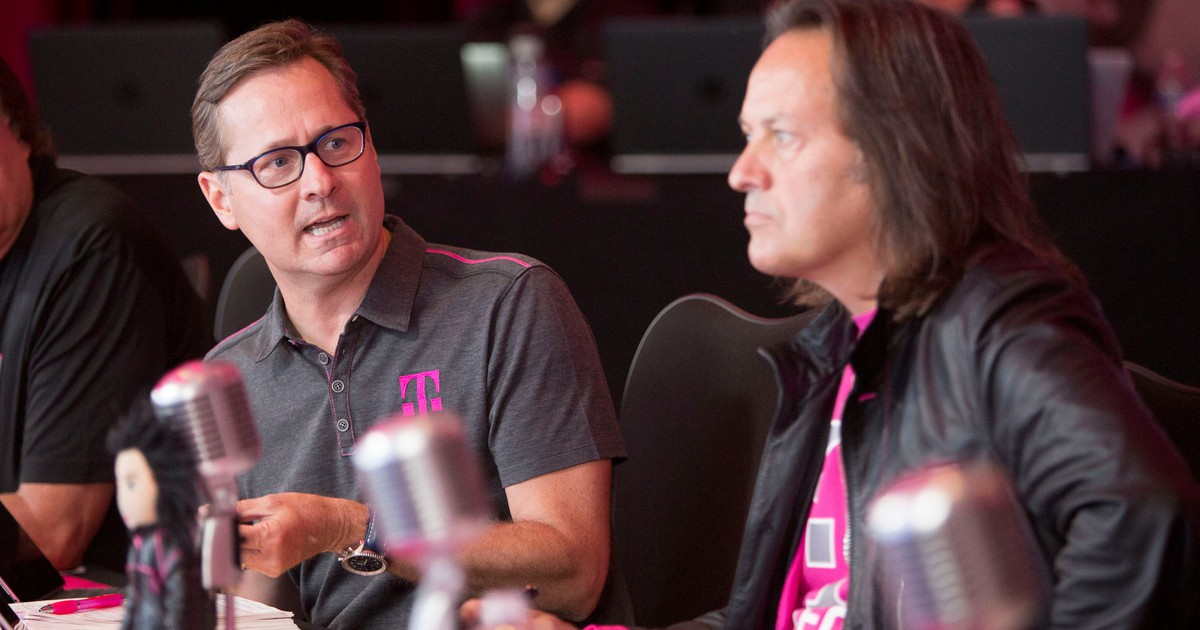 How T-Mobile Plans to Disrupt Home Broadband