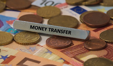 Money transfer with currencies