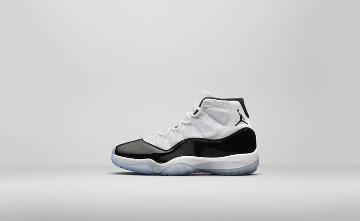 Nike basketball shoe