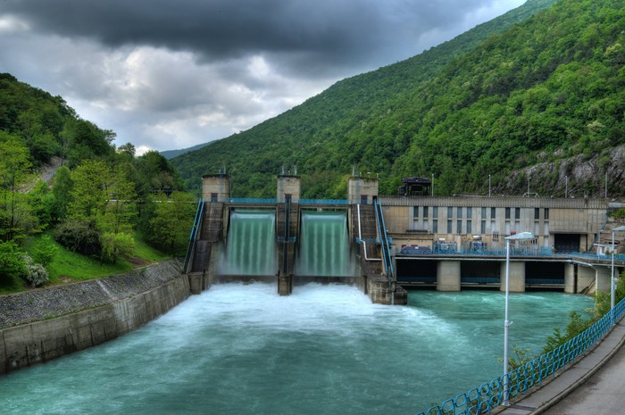 A hydro-electric power plant