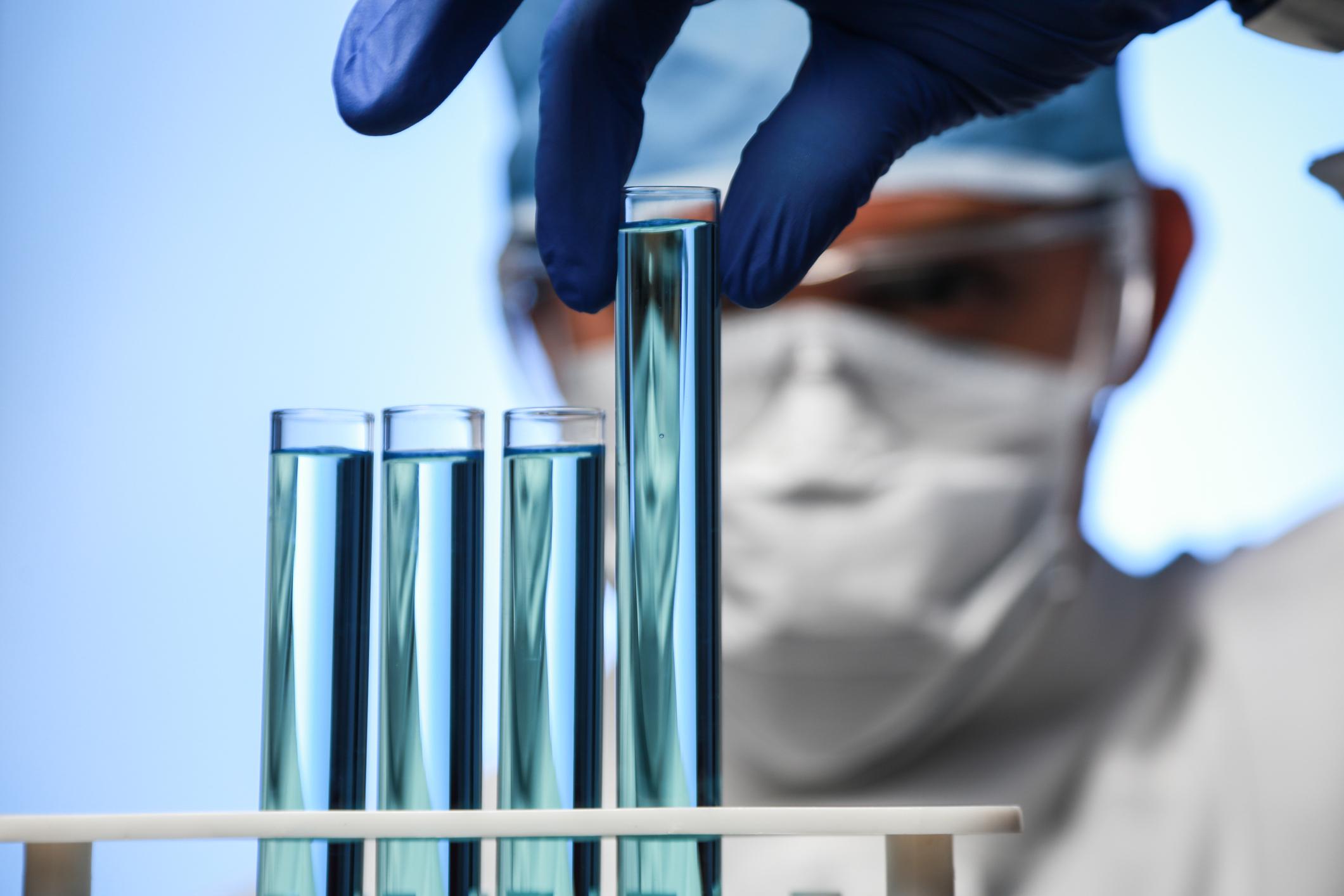 Better Buy: Celgene vs. Gilead Sciences