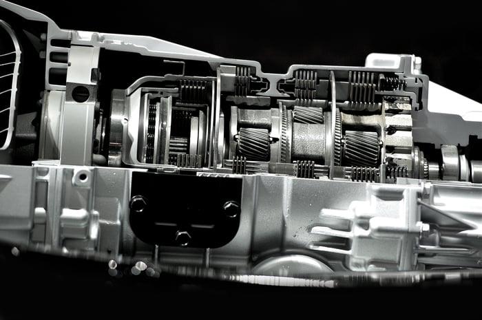 Vehicle powertrain components