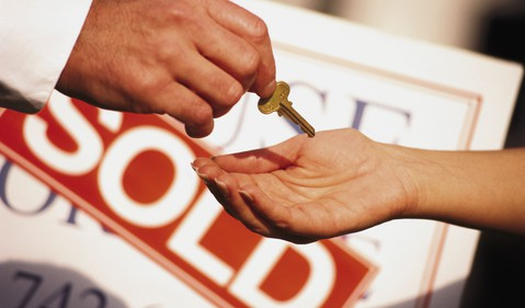 Getty-Hand Receiving Home Key
