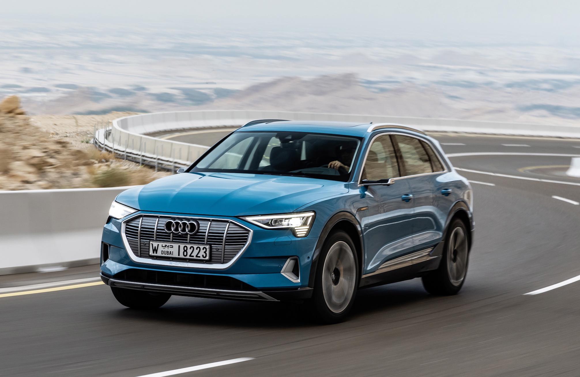 2019-Audi-etron-blue