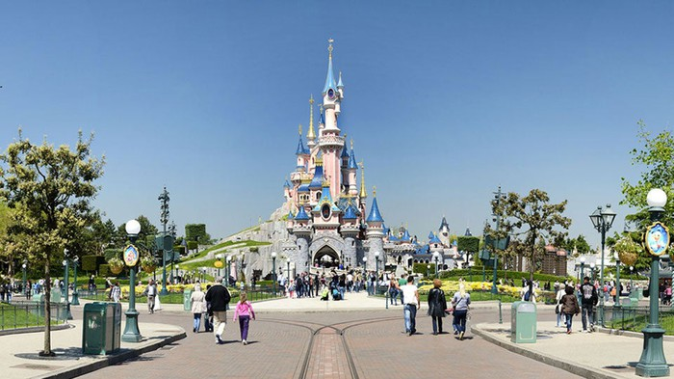 A castle at a Disney theme park