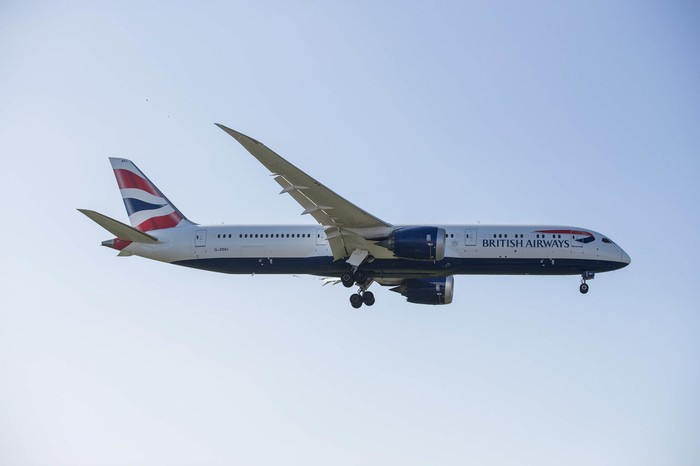 A British Airways Boeing 787-9 Dreamliner in flight