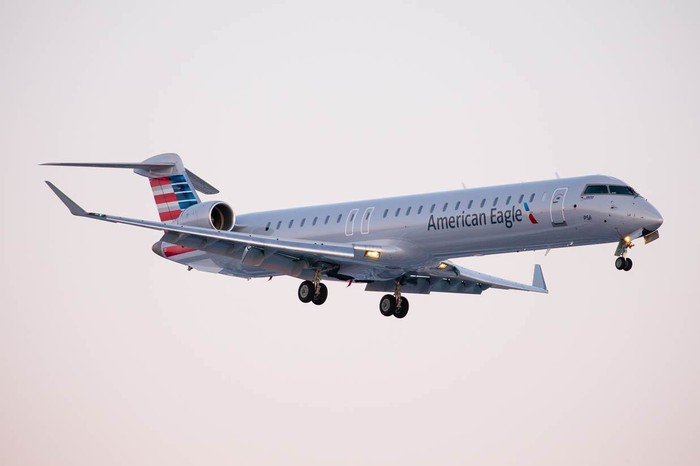 An American Eagle regional jet