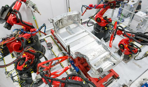 tesla-battery-production-panasonic