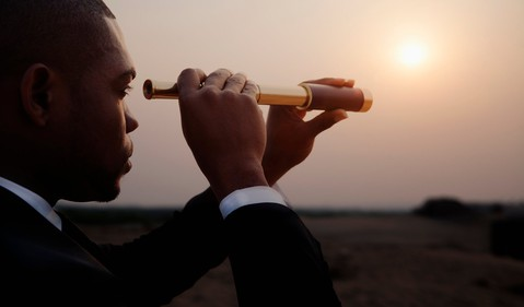 businessman_telescope_2