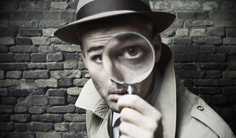 Getty-detective-magnifying-glass