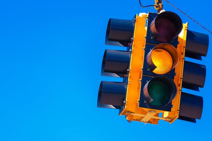 A yellow traffic light.
