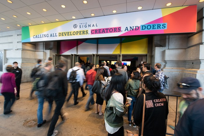 People entering the doors to the show floor for Signal 2019, Twilio's annual developer conference.