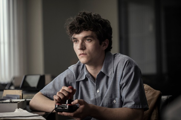 Fionn Whitehead in a scene from Netflix original Black Mirror: Bandersnatch.