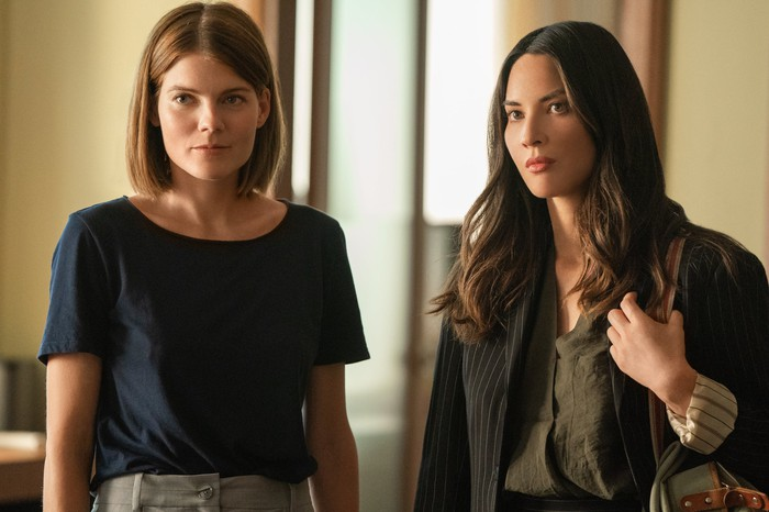 Myfanwy Thomas (Emma Greenwell, left) and Monica Reed (Olivia Munn, right) in a scene from Starz original series The Rook