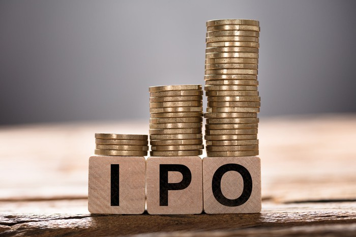 IPO in blocks topped by coins