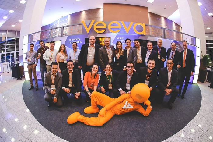 The Veeva Systems team at a conference show in Brazil in 2015.