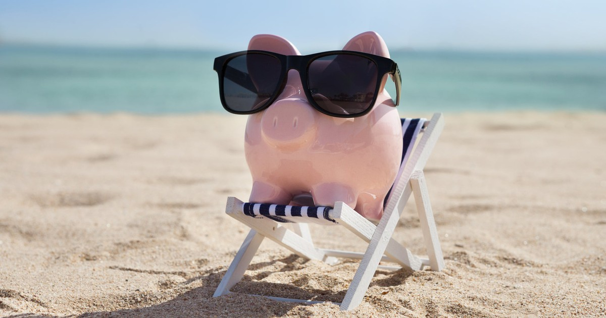 Here's How Much You Should Be Saving Every Month to Retire Comfortably