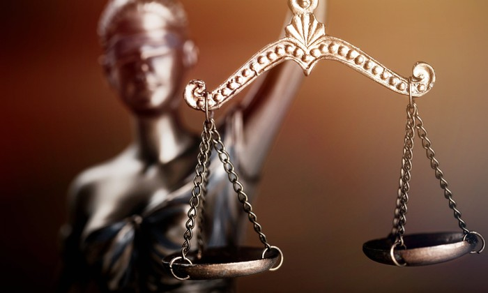 A scales of justice statue.