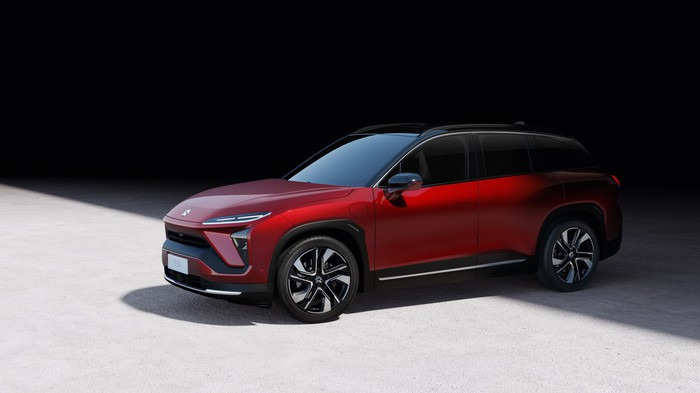 NIO's ES6 electric SUV parked