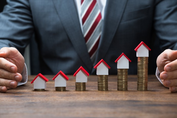 Zillow Group Revenue Surges 84% | The Motley Fool