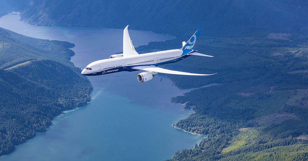 Wide-Body Jet Orders Jump at Airbus and Boeing in July