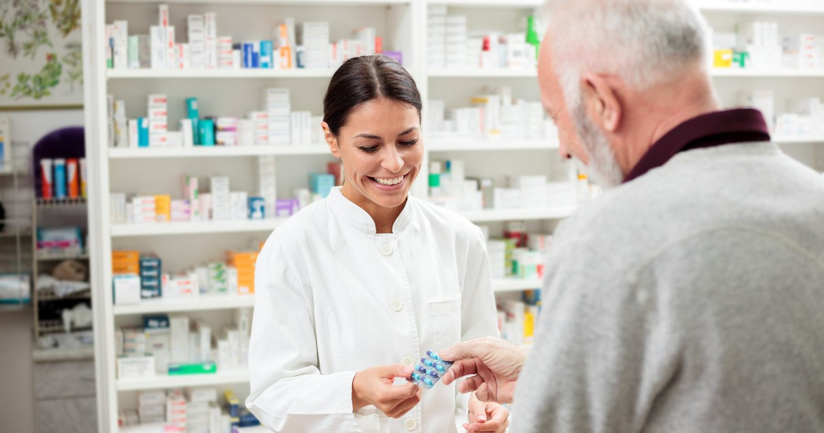 3 Top Healthcare Stocks to Buy in August