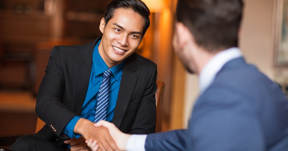 When Should You Accept the First Job You're Offered?