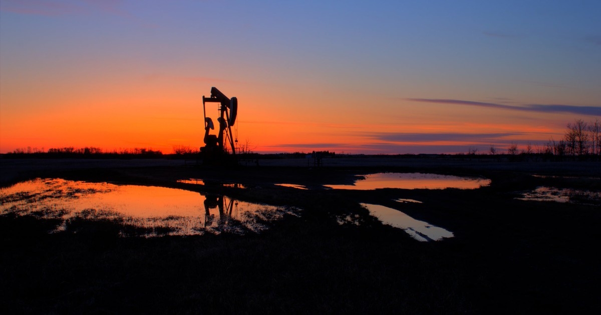 Why Occidental Petroleum Stock Plunged 15% in August
