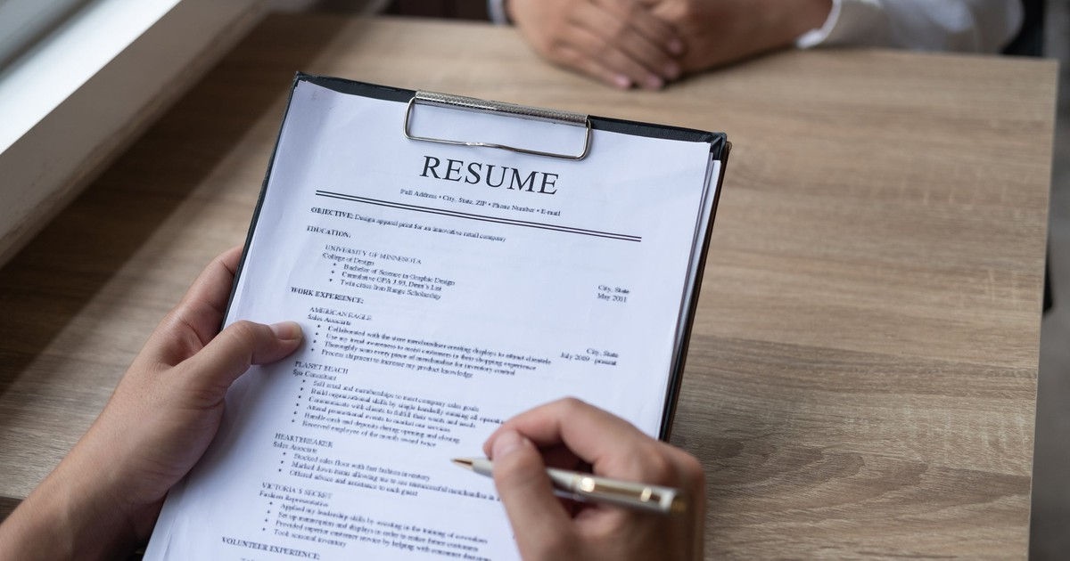 4 Resume Blunders That Could Be Costing You a New Job